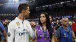 Bạn gái Ronaldo lại dính lùm xùm 'từ mặt' bố mẹ đẻ