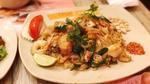Cuối tuần đổi vị với hủ tiếu xào hải sản Thái Lan