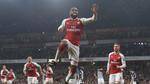 Arsenal thắng vất vả nhờ cú đúp của Lacazette