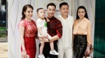 Tuấn Hưng đưa vợ con đến chúc mừng MC Thành Trung lên chức ông chủ