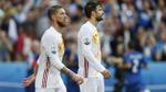 Vì đại cục, Pique và Ramos trở lại làm 'anh em'