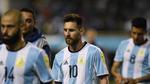 Lionel Messi - Người thuyền trưởng vĩ đại trên con tàu… nát