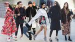 Giống một 'cuộc chiến', street style ngày 2 Seoul Fashion Week bắt mắt và 'ăn đứt' ngày đầu!