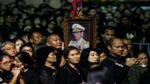 Người Thái đội mưa tiễn biệt Vua Bhumibol lần cuối
