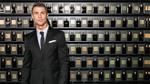 Ronaldo sửa sai vụ 'hàng Tàu' gắn mác đồ hiệu như thế nào?