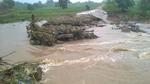 Đắk Lắk: Mưa lớn gây sập cầu, nhiều địa phương bị cô lập