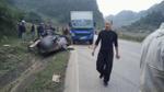 Xe ô tô nát bươm sau tai nạn 4 người tử vong, 1 người nguy kịch