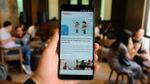 Cận cảnh HTC U11 Plus: Smartphone 'bóng bẩy' nhất hiện nay