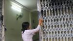 3 hộ dân ở Đà Nẵng bất an vì liên tục bị kẻ xấu 'khủng bố' bằng dầu nhớt và sơn bẩn
