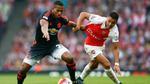 Arsenal - Man United: Thư hùng nảy lửa