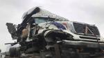 4 xe tông liên hoàn: Container hư hỏng nặng, giao thông ùn tắc nghiêm trọng