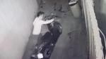 Camera ghi hình đối tượng đột nhập vào phòng trọ nữ sinh trộm tài sản