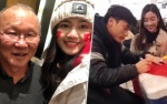Đỗ Mỹ Linh hào hứng xin chữ ký thủ môn Bùi Tiến Dũng, Thanh Tú gặp gỡ HLV Park Hang-seo tại Trung Quốc