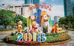 Linh vật chó Phú Quốc tràn ngập, đường hoa Nguyễn Huệ tất bật trước giờ khai mạc