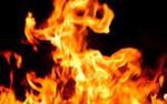 Clip: Nhà thu mua đồng nát bốc cháy ngùn ngụt chiều 30 Tết