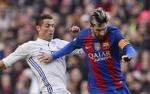 Messi săn Quả bóng vàng: Vượt xa Ronaldo, xây 'ngọn núi kỳ vĩ'