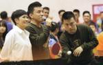 Ca sĩ Lam Trường tiết lộ từng nhập viện vì bóng bàn