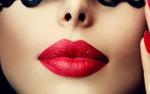 Hết chia tay vì quần ren lại đến chuyện cô nàng 30 tuổi 'xém' bị người yêu chia tay do… son môi đỏ
