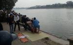 Phát hiện thi thể nam giới ăn mặc lịch sự tử vong dưới hồ Linh Đàm