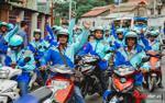 Chuyến xe màu xanh cuối cùng nghẹn ngào nước mắt của hơn 500 Uber tại Sài Gòn