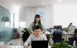 Nghề 'hot' tại Trung Quốc: Tuyển gái xinh chăm sóc dân IT, công nghệ