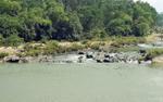 Rủ nhau đi chụp ảnh lưu niệm ở sông Đá Giăng, 2 thanh niên bị đuối nước