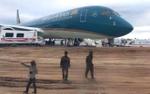 Vietnam Airlines gửi lời xin lỗi hành khách sau sự cố đáp nhầm đường băng ở Cam Ranh