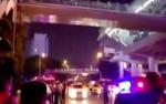 Cha nhẫn tâm ném con trai 7 tuổi từ trên cầu xuống đường đông xe cộ