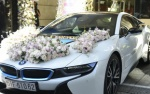 Đoàn xe đón dâu hàng chục tỷ đồng trong đám cưới Diệp Lâm Anh
