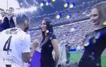 Sao Juventus bị 'hớ hàng' khi muốn bắt tay người mẫu xinh đẹp