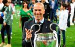 HLV Zidane tiết lộ tương lai Ronaldo và nói gì sau khi làm được điều chưa từng có?