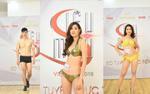 Trầm trồ trước thân hình chuẩn như tạc tượng cuả dàn thí sinh 'Siêu mẫu Việt Nam' trong phần thi bikini