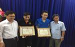 UBND quận Thủ Đức khen thưởng 3 nạn nhân tham gia bắt cướp
