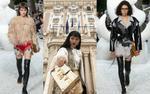 Cắt phăng tóc mái, Châu Bùi tự tin trở thành người Việt duy nhất dự show Louis Vuitton
