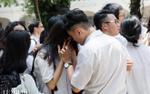 Teen 2000 lập chiến dịch #TôiĐãKhócVàoNgàyRaTrường 'đáp trả' dân mạng khi bị chê khóc quá nhiều