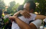 Lễ trưởng thành đầy nước mắt của học sinh khối 12 ngôi trường phổ thông lâu đời nhất Sài Gòn