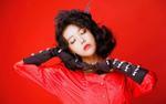 Xem sân khấu solo của cựu thành viên Wonder Girls: 'Thần tượng 10 năm mà kĩ năng như một trò đùa'