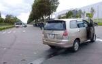Va chạm giao thông, bé trai bị xe ô tô đè lên người tử vong