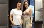 Hoa hậu Kỳ Duyên gọi nhầm tên Việt Anh là… 'Phan Hải' tại sự kiện ở Singapore