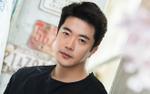 Đời cũng như phim, Kwon Sang Woo đều 'lụy tình' đến khó tin
