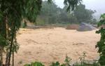 Lũ lớn cuốn trôi 3 căn nhà ở Thanh Hoá, 4 người trong một gia đình chết và mất tích