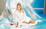 Ngay cả tên ca khúc cũng đổi theo tên chồng chưa cưới, si tình thế Ariana Grande ơi?