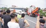 Công an dựng lại hiện trường vụ tai nạn kinh hoàng giữa xe cứu hỏa và xe khách trên cao tốc Pháp Vân khiến 1 cảnh sát PCCC tử nạn