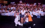 [Độc quyền] Vũ Cát Tường cùng fan đồng ca 'Come back home' tại hậu trường The Voice Kids 2018