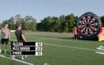Clip: HLV và cầu thủ Juve thi nhau sút bóng vào bia phi tiêu