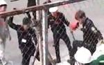 Hé lộ nguyên nhân nhóm bảo vệ đánh dã man 2 công nhân