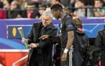 Thực hư về việc Pogba có xích mích với HLV Mourinho
