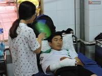 Cảnh sát trật tự bị chém gần đứt bàn tay ở Đắk Lắk