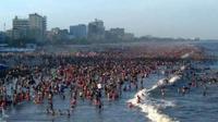 'Sầm Sơn thất thủ' và thực hư câu chuyện nước biển có mùi khai, khách bị chặt chém