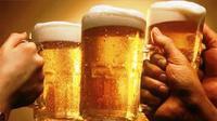 Bia hay rượu độc hại hơn?